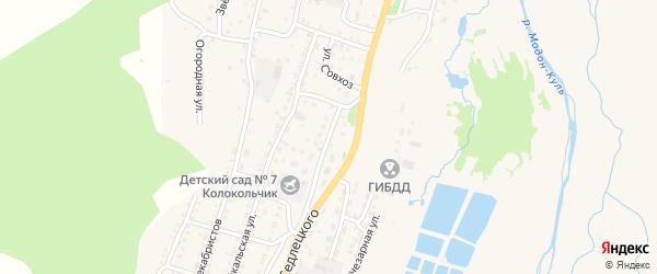 Школьная улица на карте Закаменска с номерами домов