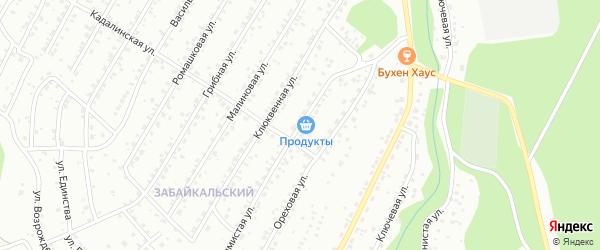 Холмистая улица на карте Улан-Удэ с номерами домов
