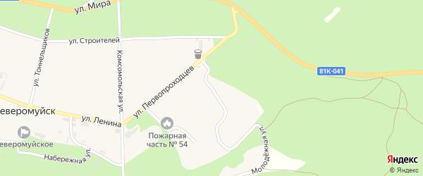 Переулок Первопроходцев на карте поселка Северомуйска с номерами домов
