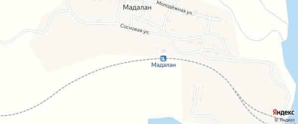 Железнодорожная улица на карте железнодорожной станции Мадалана с номерами домов
