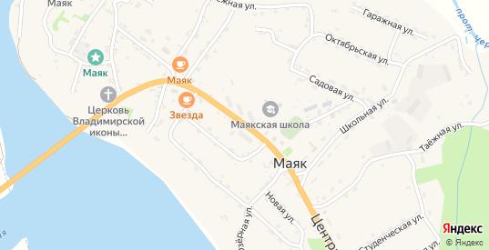 Центральная улица в селе Маяк