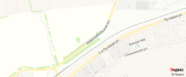 Новозыбковская улица на карте поселка Первое Маи с номерами домов