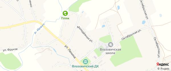 Молодежная улица на карте села Влазовичей с номерами домов