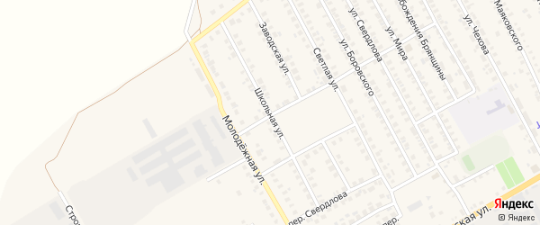 Школьная улица на карте поселка Погара с номерами домов