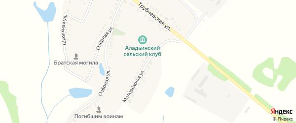 Молодежная улица на карте деревни Аладьино с номерами домов