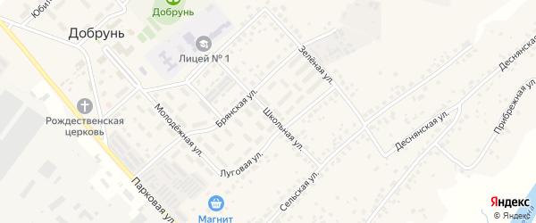 Школьная улица на карте деревни Добруни с номерами домов
