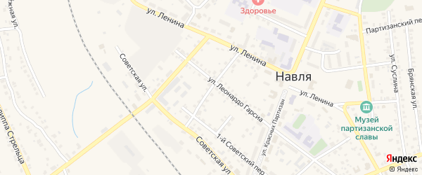 Переулок 2-й Леонардо Гарсиа на карте поселка Навли с номерами домов