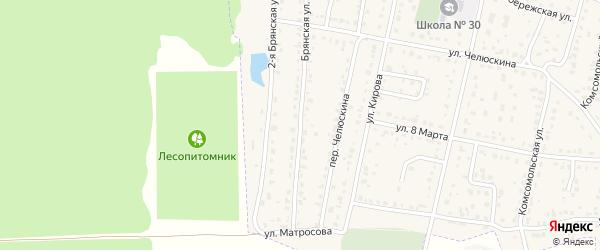 Брянская улица на карте поселка Белые Берега с номерами домов