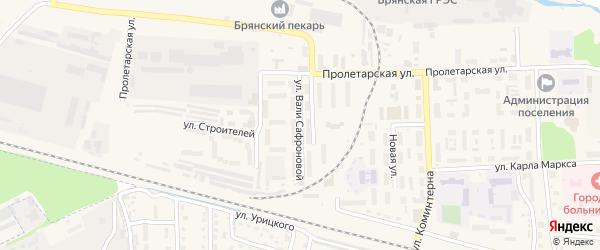 Улица Вали Сафроновой на карте поселка Белые Берега с номерами домов