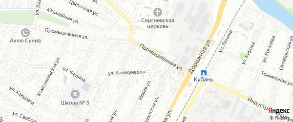Короткая улица на карте Яблоновского поселка с номерами домов
