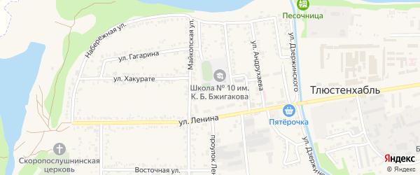 Школьный переулок на карте поселка Тлюстенхабля с номерами домов