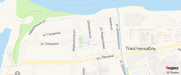 Школьная улица на карте Красного хутора с номерами домов