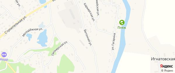Бетонная улица на карте поселка Подюги с номерами домов