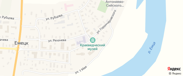Комсомольская улица на карте села Емецка с номерами домов