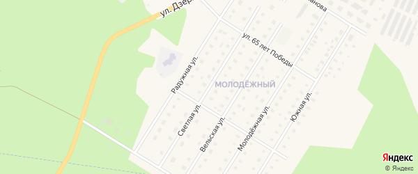 Светлая улица на карте Вельска с номерами домов