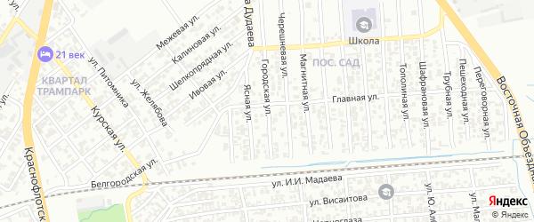 Городская улица на карте Грозного с номерами домов