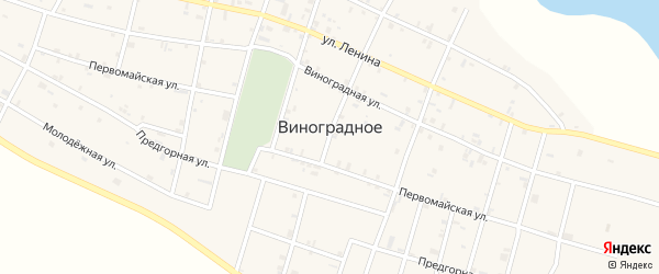 Первомайская улица на карте Виноградного села с номерами домов