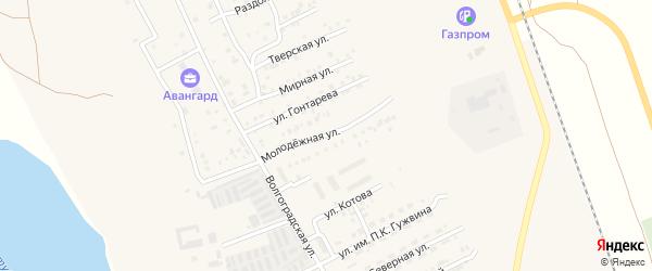 Молодежная улица на карте Ахтубинска с номерами домов