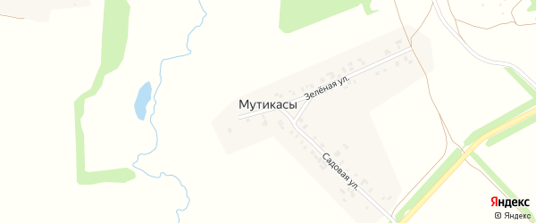 Зеленая улица на карте деревни Мутикас с номерами домов