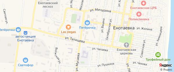 Красно-Набережный переулок на карте села Енотаевки с номерами домов