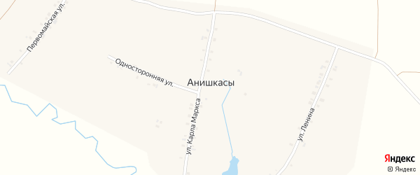 Улица Три Избы на карте деревни Анишкас с номерами домов