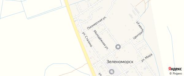Комсомольская улица на карте села Зеленоморск с номерами домов