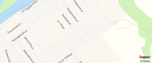 Зеленая улица на карте села Растопуловки с номерами домов