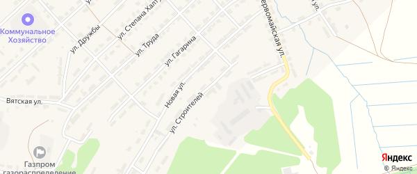 Улица Строителей на карте Белой Холуницы с номерами домов