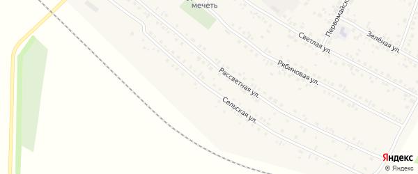 Сельская улица на карте деревни Нуркеево с номерами домов