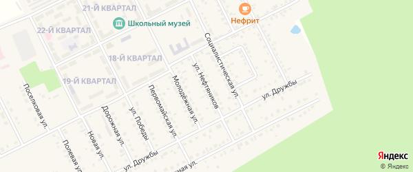 Улица Нефтяников на карте села Серафимовский с номерами домов