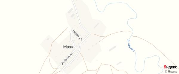 Зеленая улица на карте деревни Маяка с номерами домов