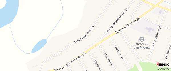 Революционная улица на карте Большеустьикинское села с номерами домов