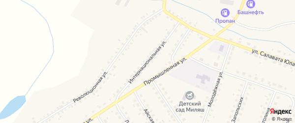 Интернациональная улица на карте Большеустьикинское села с номерами домов