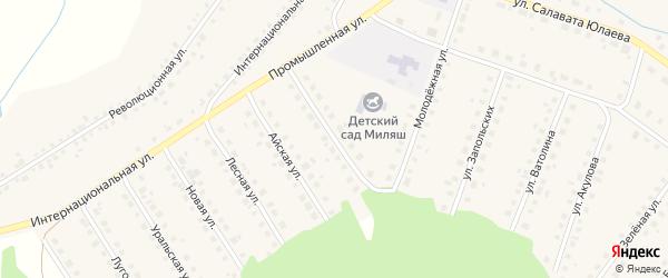 Улица Космонавтов на карте Большеустьикинское села с номерами домов