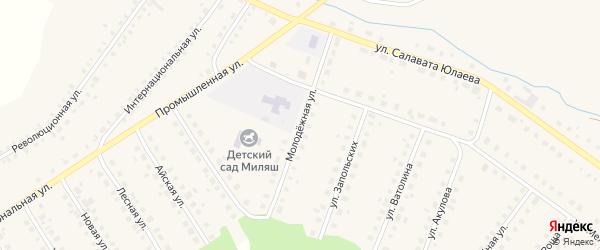 Молодежная улица на карте Большеустьикинское села с номерами домов