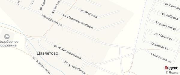 Молодежная улица на карте деревни Давлетово с номерами домов