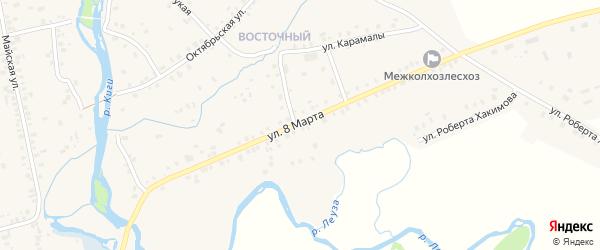 Улица 8 Марта на карте села Верхние Киги с номерами домов