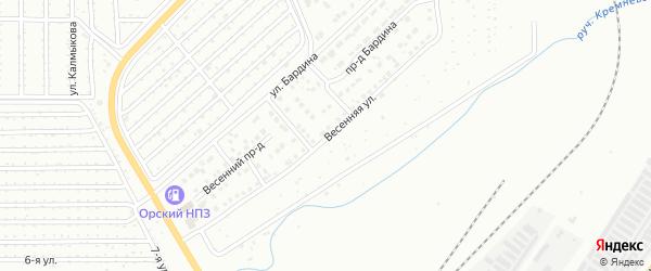 Весенняя улица на карте Магнитогорска с номерами домов