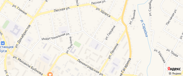Индустриальная улица на карте Кусы с номерами домов
