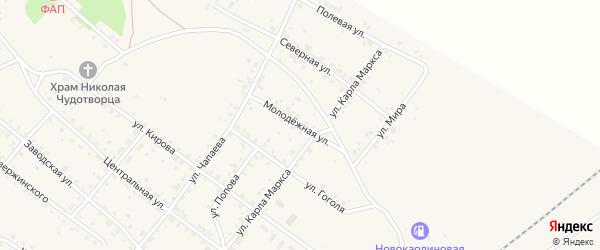 Молодежная улица на карте Новокаолинового поселка с номерами домов