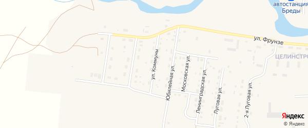 Улица Коммуны на карте поселка Бредов с номерами домов