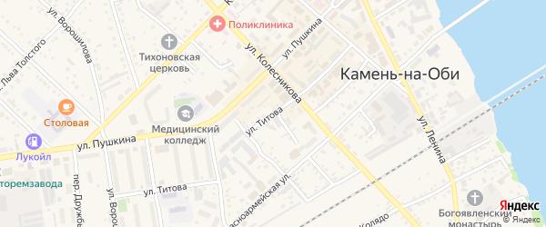 Улица Титова на карте Камня-на-Оби с номерами домов