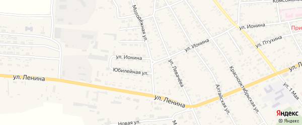 Молодежная улица на карте села Усть-Чарышской Пристани с номерами домов