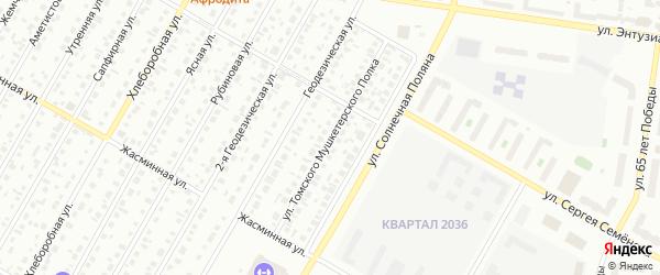 Улица Томского Мушкетерского Полка на карте Барнаула с номерами домов