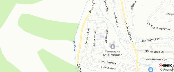 Лучистая улица на карте Горно-Алтайска с номерами домов