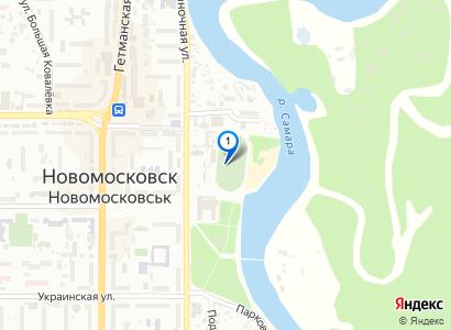 17 Июля 2005 - Финал кубка города по футболу. Играют Металлург(в белом) и ДЮСШ(в синем). - просмотр фото на карте