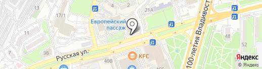 Азиатка на карте Владивостока