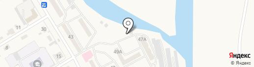 На берегу на карте Усть-Абакана