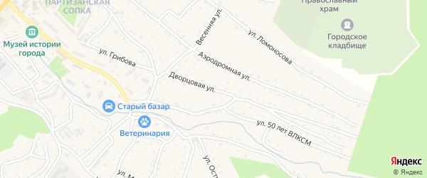 Дворцовая улица на карте Партизанска с номерами домов