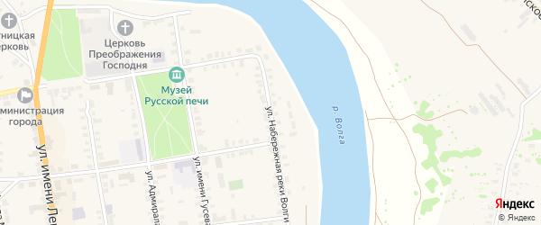 Улица Набережная реки Волги на карте Старицы с номерами домов